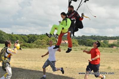 Atterrisage d'un saut en tandem
