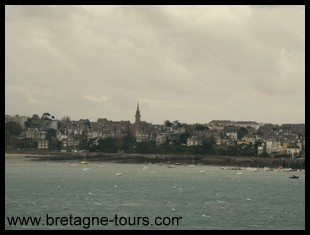 view of Dinard from the city fort of Saint Servan