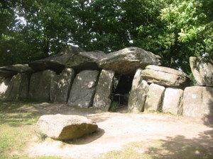 dolmen de la Roche aux Fées