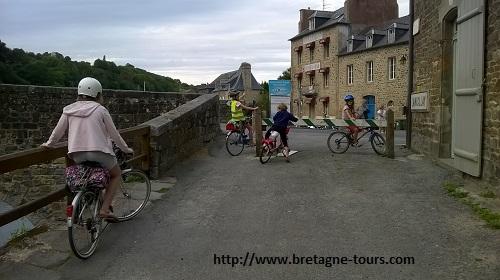 Balade en vélo sur le canal d'Ille et Rance