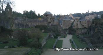 Intérieur du chateau de Fougères