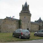 Le château de la Groulais à Blain sur le canal de Nantes à Brest…