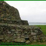 Les 11 dolmens de Barnenez : un tumulus du Finistère (Bretagne)