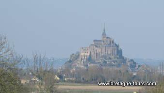 Le Mont Saint Michel vu de Normandie