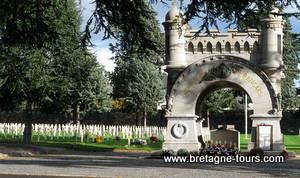 Tombes des soldats français au cimetière de l'Est