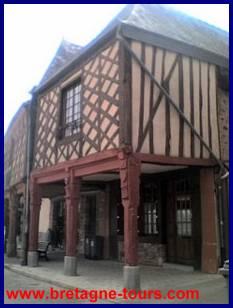 Maison à porche dans La Guerche de Bretagne