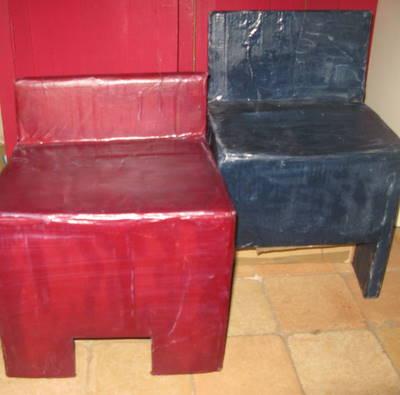 Chaises en carton pour enfants