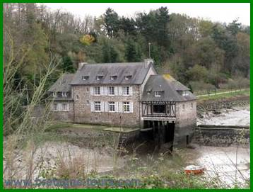 Moulin à marée dans la vallée de la Rance