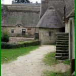 Visite d'un village rural du XIXè siècle avec des enfants : Poul Fétan (Morbihan