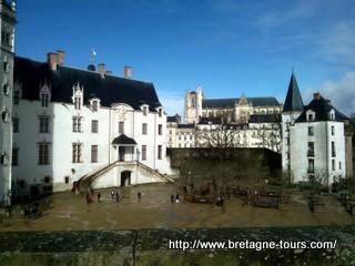 Remaprt du chateau de Nantes